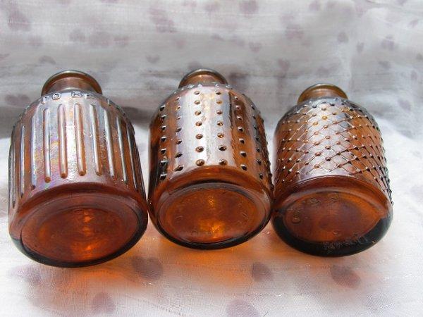 画像1: Vintage Bottles 古いミニボトル 3個 茶色 (1)