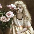 画像1: Postcard 薔薇のお花と女の子 未使用 (1)