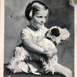 画像1: Postcard  犬のぬいぐるみと女の子 オランダ1939年 (1)