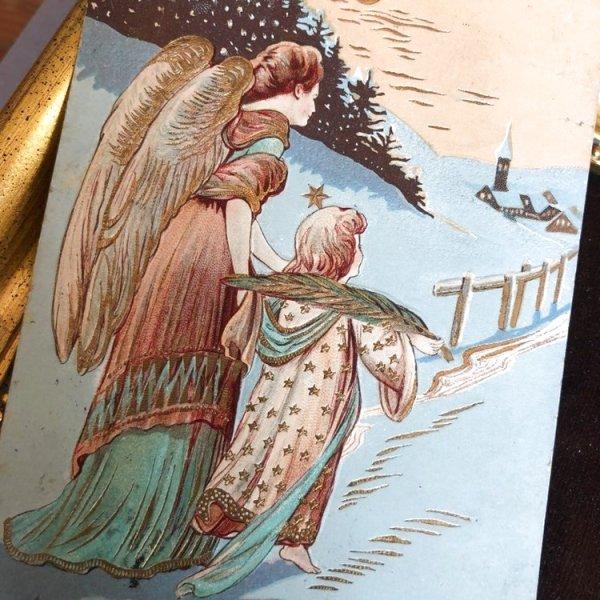 画像1: Postcard クリスマス 教会へ向かう天使 (1)