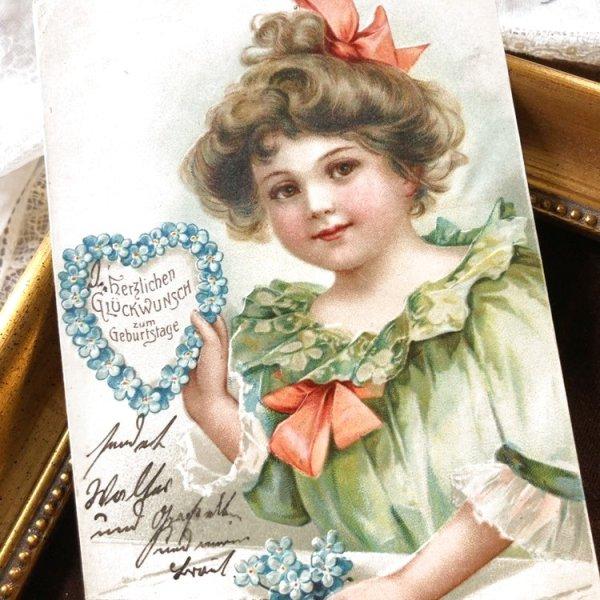 画像1: Postcard  忘れな草のお花のハートのリースを持つ女の子 Ellen Clapsaddle (1)