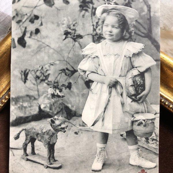 画像1: Postcard 赤ずきんちゃんと狼 フランス (1)