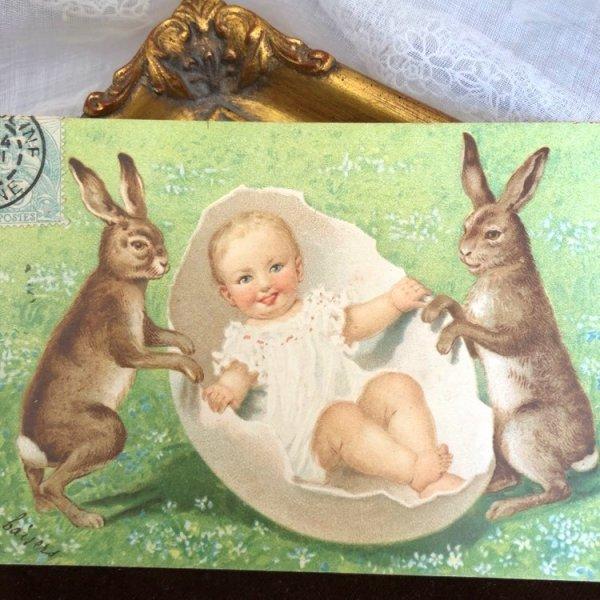 画像1: Postcard  イースター 卵の揺りかごを揺らすウサギさん 赤ちゃん フランス1905年 (1)