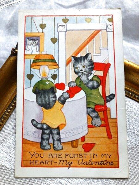 画像1: Postcard  バレンタイン ハートを贈る猫 アメリカ1938年 (1)
