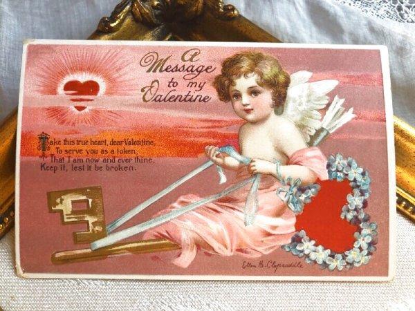 画像1: Postcard  バレンタイン 忘れな草のお花の鍵に乗る天使 ハートの太陽  Ellen Clapsaddle (1)