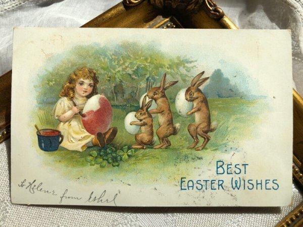 画像1: Postcard  イースター 卵にペイントをする女の子と卵を持ち並ぶウサギさん (1)