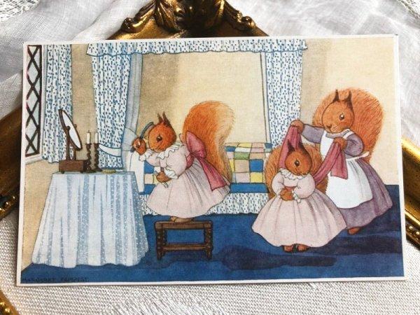 画像1: Postcard  パーティの身支度中 リスさん Margaret Tempest (未使用) (1)
